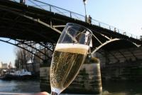 Ô Chateau - Cruise Champagne in Paris