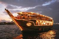 Dhow Cruises in Dubai and Abu Dhabi