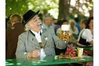Münchener Biergarten | München und sein Bier | Stadtrundfahrt | Gray Line Sightseeing | 365Tickets Germany