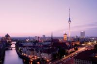 Berliner Fernsehturm am Alexanderplatz - exklusive Kombitickets ohne Schlangestehen