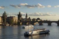 Tagesausflug nach Prag ab Wien | Blick auf die Karlsbrücke | Vienna Sightseeing | 365 Tickets Austria