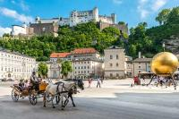 Tagesausflug nach Salzburg ab Wien | Kapitelplatz Salzburg | Vienna Sightseeing | 365 Tickets Austria