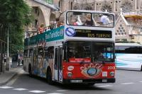 Barcelona Bus Turistic Bus Pulling off