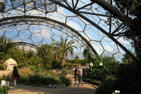 The education Centre at the Eden project