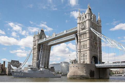 The Tower Bridge spanning the Thames in London