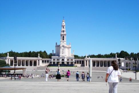 Click to view details and reviews for Fátima Coimbra Tour Full Day.
