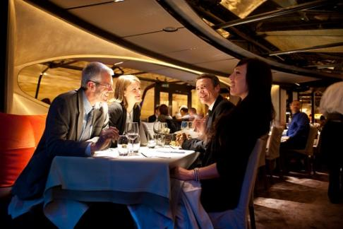 Image of Bateaux Parisiens Dinner Cruise 18.15
