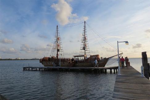 Columbus cruceros con cena rom ntica ofertas descuentos y - Cena romantica en londres ...