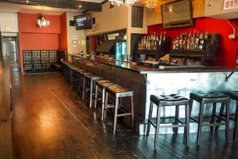 Image of Urban Adventures - Houston - Historic Downtown Pub Crawl [USDK]