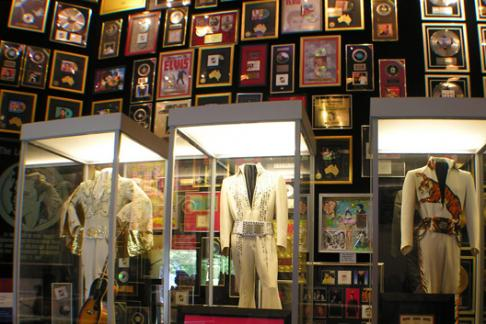 Elvis exhibits