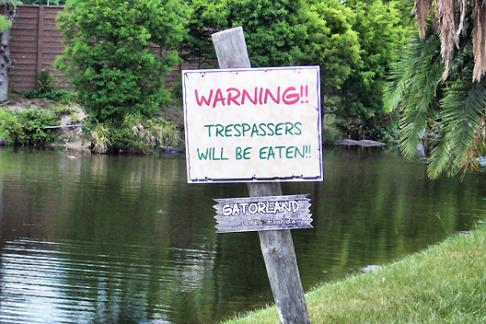 Gatorland warning sign