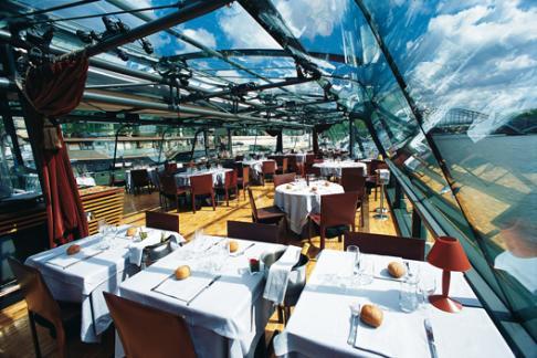 Bateux Parisien dinner
