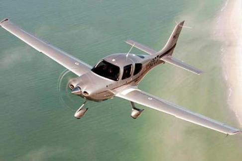 365Tickets 60 Minute Extended Flying Lesson - UK Wide Gift Voucher