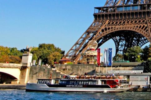 Seine Sightseeing Cruise