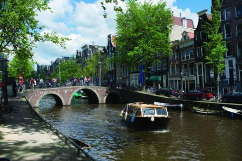 Image of Lindbergh Tours - Amsterdam Burger Cruise